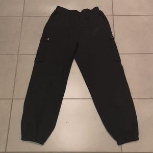 Shrink pants
